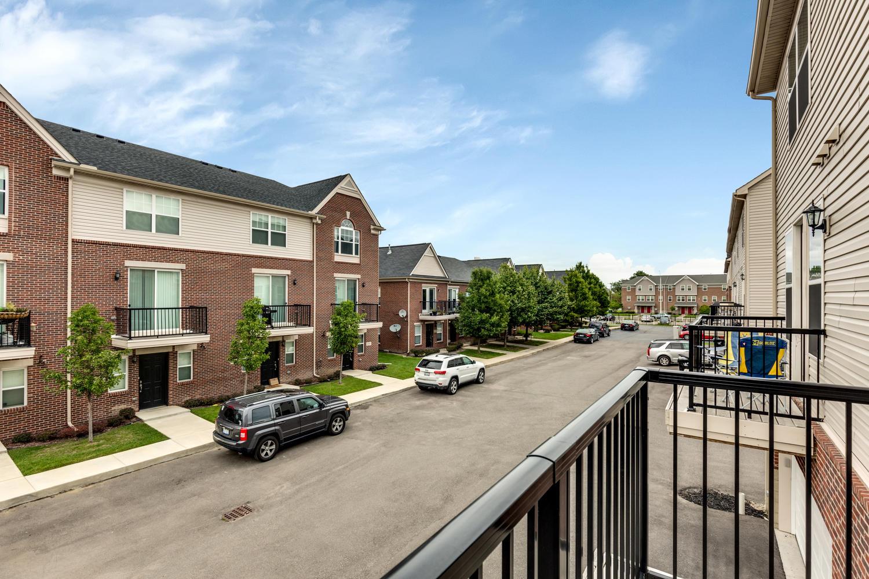 265 E Palmer St Detroit MI-large-023-8-265 E Palmer00023-condominium-72dpi