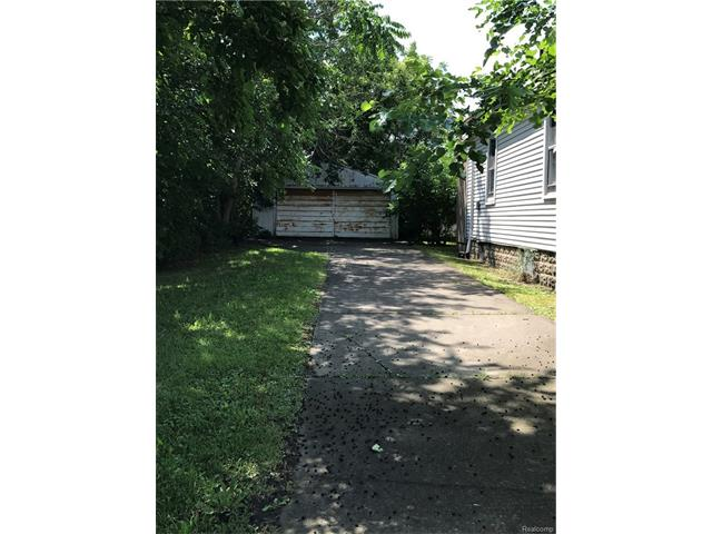 liz-tintinalli-2266-leland-detroit-house-home-neighborhood (1)
